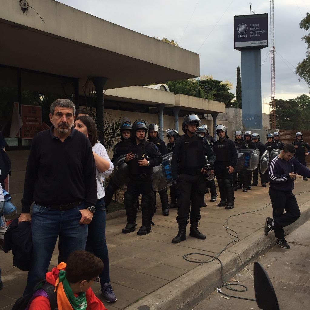 """Salvarezza: """"El presidente del INTI debería renunciar"""""""