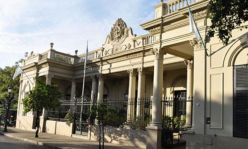 El escándalo de Cambiemos llega a San Isidro con la aparición de aportantes truchos en el Distrito