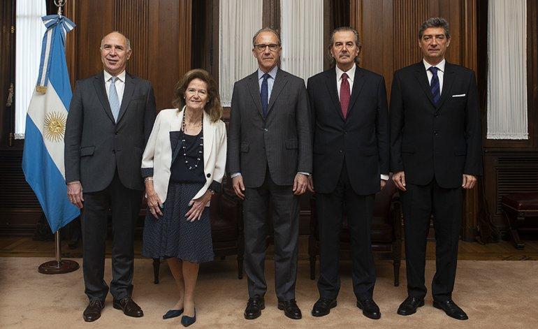 Elecciones 2019: La Corte Suprema frena el juicio contra Cristina Kirchner por la obra pública