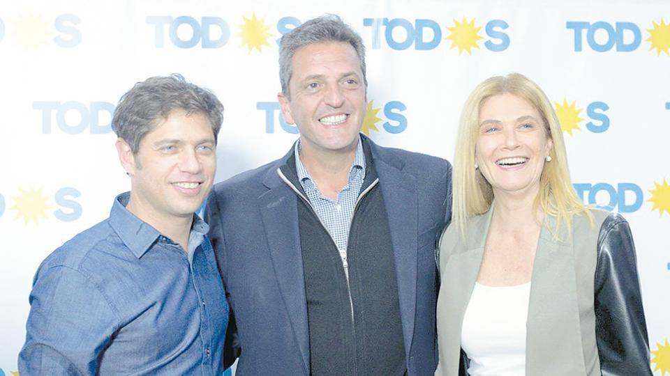 Kicillof, Magario y Massa, juntos en campaña