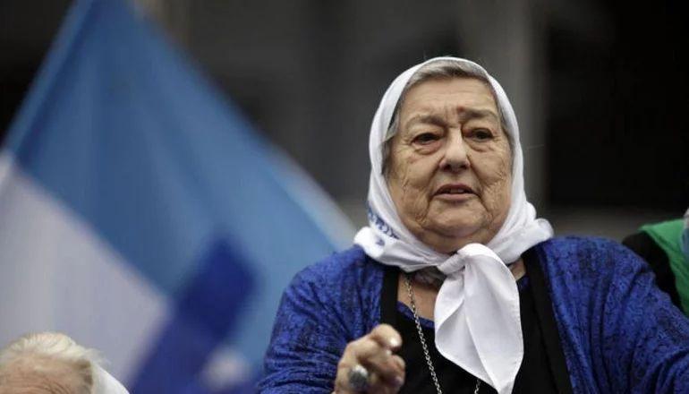 """Hebe de Bonafini, a 44 años de la primera ronda de las Madres de Plaza de Mayo: """"Yo nunca me senté a llorar"""""""