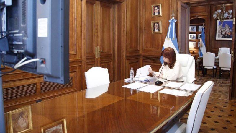 Dólar futuro: sobreseyeron a Cristina Kirchner, Axel Kicillof y a los demás acusados