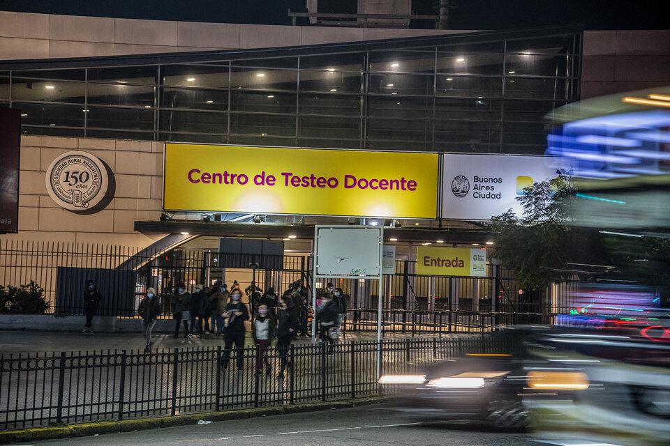 El gobierno porteño pagó más de 29 millones a La Rural por el centro vacunatorio